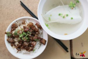 台南肉燥飯 | 在地人求低調!10間肉燥飯加5間牛肉燥飯推薦!